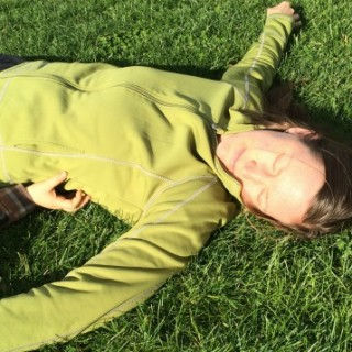 How Grounding (Earthing) Healed My Adrenal Fatigue